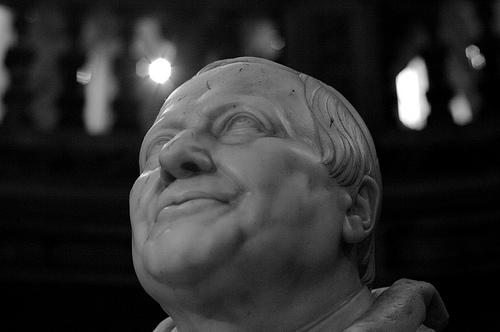 W związku z nagłym atakiem innych obowiązków, tak korektorskich, jak i redakcyjnych dzisiaj będzie tylko ten uśmiechnięty papież. Oby wszyscy się tak uśmiechali i mieli dzisiaj ku temu powody.