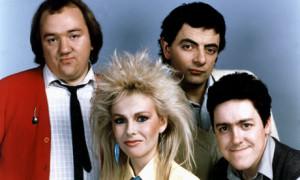 Not the Nine O'Clock News, czyli młodzi ludzie i straszne włosy lat 80-tych. Nie tylko Sarah Connor reklamowała wtedy chemikalia do włosów, aż dziwne, że nie ożyły wtedy one i nie uzyskały samoświadomości!